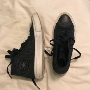 Black converse (men and women)